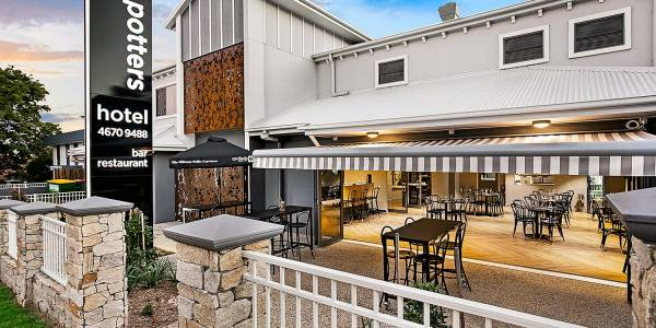 Tourism Darling Downs, Potter's Toowoomba, Motels/Hotels, Pubs & Bars