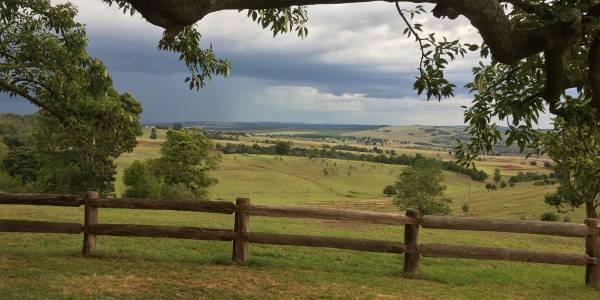 Tourism Darling Downs, Hillview Cottages, Motels/Hotels