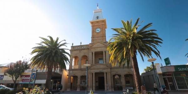 Tourism Darling Downs, Warwick Town Hall, Heritage